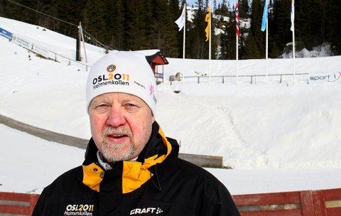 BER OM HJELP: Styreleder i Telemark hoppanlegg, Geir Haugan, sier situasjonen for hoppanlegget i Huka er kritisk. Nå håper han på et årlig spleiselag på 500 000 kroner – hvis ikke kan det være over.