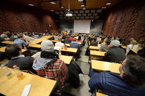 VÆR FORBEREDT: Det er mye å holde styr på som student. Det lønner seg å være forberedt.  Foto: Vidar Ruud, ANB