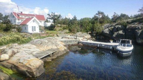 STRAND: Det er i et ganske lite område at hytteeieren i Ellingsvika vil legge ut skjellsand. Forslaget om å gjøre tiltaket til et forskningsprosjekt skal nå vurderes av Fylkesmannen. FOTOMONTASJE: PRIVAT