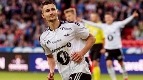 MÅL: Elbasan Rashani jubler etter 3-1 scoringen sin mot Tromsø søndag. Foto: Ned Alley (NTB scanpix)