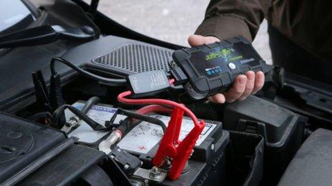 En hendig starthjelper kan være din redning når batteriet er flatt. Men kvaliteten varierer, så les testen før du kjøper.  Foto: NAF
