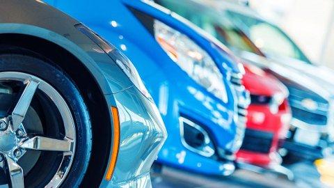 Over halvparten av norske nybilkjøpere velger elbil eller hybrid. Foto: Colourbox/ANB