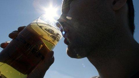 Sjokkpriser på øl og et betraktelig mindre utvalg. Det kan bli konsekvensene for øldrikkere i fremtiden. (NTB scanpix)