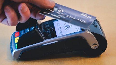 Nordmenn trakk kortet 2,3 milliarder ganger i fjor. Foto: Pressebilde/ANB