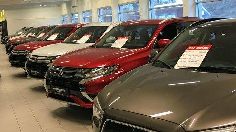 INGEN SPØK: Å kjøpe bruktbil trenger ikke være noen spøk. Her er det mange feller å gå i, dessverre er mange kjøpere også altfor naive. Illustrasjonsfoto.