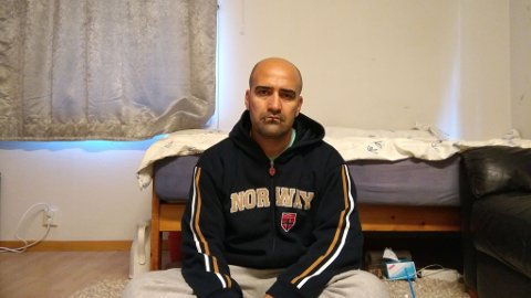 PÅ MOTTAK: Reza Mohammadi er nå på Nome mottak og venter på en avgjørelse om han får asyl eller ikke.