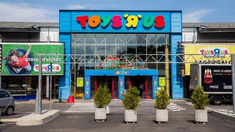 KONKURS: Leketøysgiganten Toys R Us har slitt lenge. I romjulen ble selskapet Top-Toy, som eier Toys R Us og BR-leker, erklært konkurs i resten av Norden, men ikke Norge.