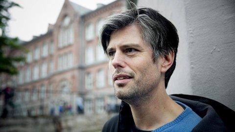 KOMMER: Superpedagog Håvard Tjora er en av mange som kommer til folkemøtet i Drangedal tirsdag kveld.