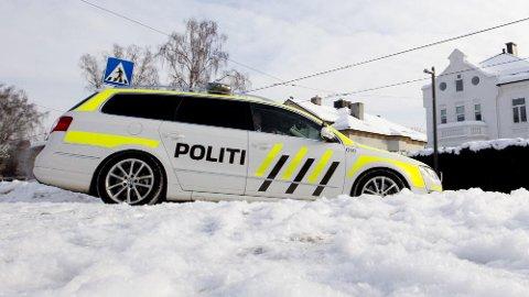 Det er dyrt å bli tatt for å bryte fartsgrensen i Norge. Hvis du kjører virkelig fort, kommer det også andre straffetiltak. Foto: Scanpix