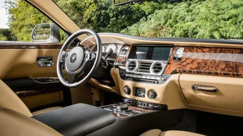 Ghost har vært en stor suksess for Rolls-Royce. Nå er det straks slutt, men først skal de lage 50 spesialutgaver.