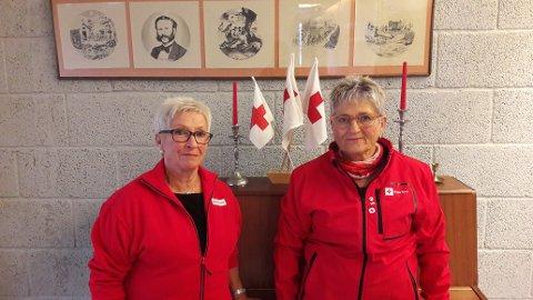 VÅKETJENESTE FOR DØENDE: Britt Lia (venstre) kommer til å ha det daglige ansvaret, og Mai Gundersen (høyre) er leder for Omsorg, Porsgrunn Røde Kors.