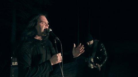 EUROPA: Kaasin med vokalist Jan Thore Grefstad og gitarist Jo Henning Kåsin, er i ferd med å erobre Europa.