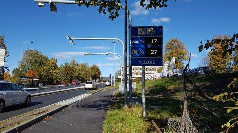 NEDGANG: Sammenlignet med forrige uke har biltrafikken i Grenland gått ned 35 til 40 prosent.