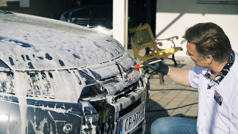 Holder du bilen din ren og blank, gjør du også at den holder seg bedre i verdi.