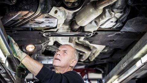 Fritt verkstedvalg betyr at bileiere har rett til å velge verksted og reservedeler når de selv betaler for service eller reparasjon på bilen din. (Foto: NAF)