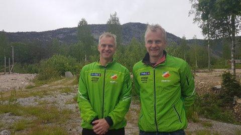 BROTHERS IN ARMS: Morten og Espen Lunde fra Skade, og Lunde, er tvillingene som kjemper om å være best. Lørdag var det Espen som kom først i mål, mens Morten ble stoppet av krampe. FOTO: Bastiaan van der Werve og Helge Reinholt
