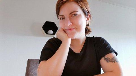 BRYSTOPERASJON: Tonje er en av de rundt 2000 menneskene som har tatt brystreduksjon i 2019. Foto:Privat