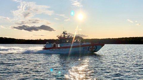 I FARTA: Mannskapet om bord på «Eivind Eckbo» har hatt en hektisk sommer med mange oppdrag.