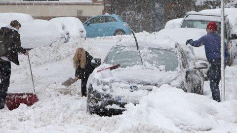 Vinteren er på vei. Da er det bare å stålsette seg og forberede bilen så godt som mulig. Foto: Ole Berg-Rusten