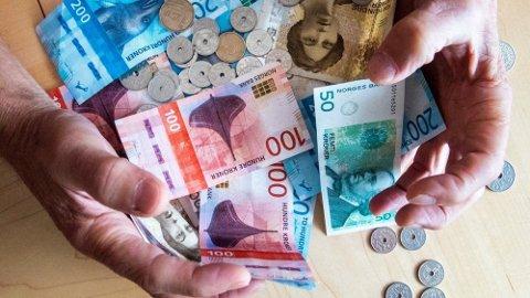 PENGER IGJEN: Men du får null rente på det du har til gode, så du kan like godt betale inn mindre og plassere skattepengene selv. Foto: Gorm Kallestad (NTB)