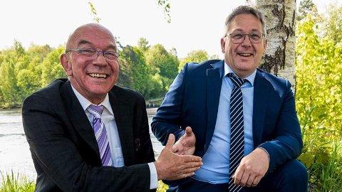 HALVANNEN MILLIARD: Markedssjef Arild Henriksen (til venstre)  og daglig leder og eier Hans Arne Flåto i Keytouch Technology i Høgås har dratt i land kontrakter for 1,5 milliarder kroner på kort tid.