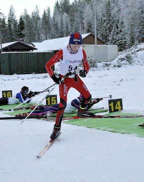 Trener på Grønkjær: Even Uhlin Engstu og de andre skiskytterne kan fremdeles trene på Grønkjær.
