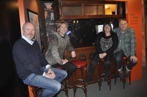 Tror: Fra venstre kultursjef Terje Malm, festivalleder Jostein Forsberg, koordinator Anlaug Landsverk og bookingsansvarlig Ed Murphy har stor tro på «nye» Notodden Blues Festival.