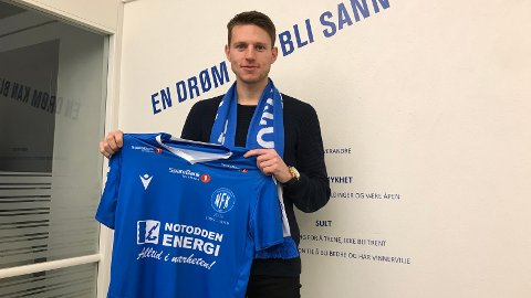 NY SESONG: Even Parkstad Johansen har skrevet under for en ny sesong i den blå drakta.