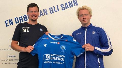 KLAR: NFK kunngjorde signeringen av den offensive midtbanespilleren Sander Røed (19) tirsdag. 19-åringen kommer fra Kongsvinger, hvor han i fjor var en del av A-troppen. Kontrakten strekker seg ut 2021.  Her med hovedtrener Magnus Erga.