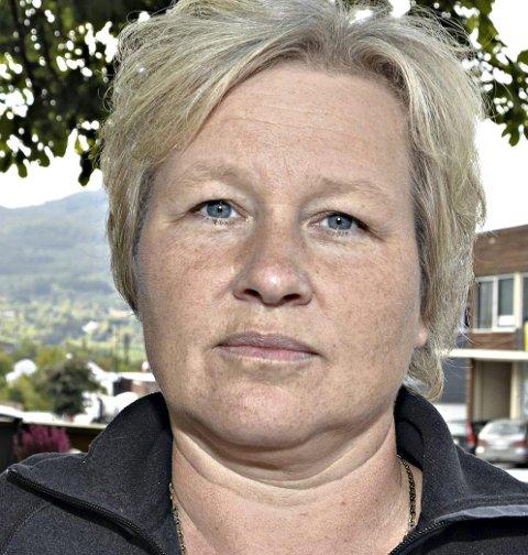 Sier Nei: Hege Sæther Moen frarår tillatelse til lavtflyging og landing med helikopter.