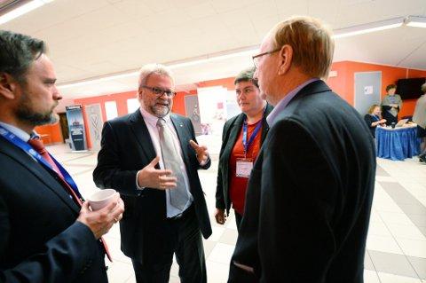 - Dette betyr at statsråden har blandet seg inn, sier ordfører Per Kristian Øyen. Foto: Rune Edøy