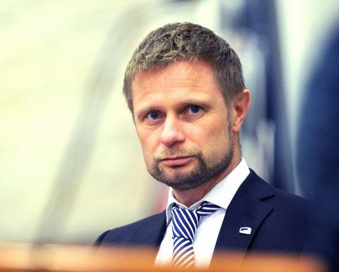 Helseminister Bent Høie har tidligere avvist at han har påvirket sykehussaken.