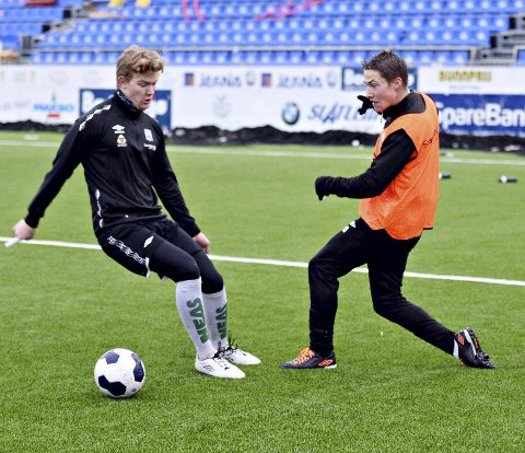 Erlend Sivertsen (til høyre), Sigve Djuvsland og de andre KBK-gutta er i full oppkjøring til sesongen 2015.