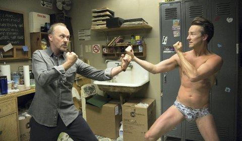 Tekst: «Birdman» – Ni ganger oscarnominert svart komedie med Michael Keaton og Edward Norton.