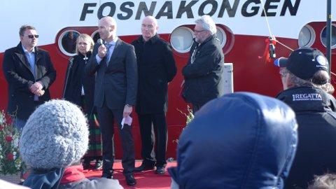 Representanter for Abyss, Salthammer båtbyggeri og Kristiansund kommune var til stede under dåpen.