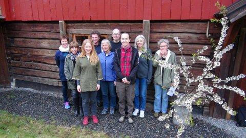 Fra venstre: Marianne Nystad, Kirsti Holm, Irja Frydenlund, Paolo Manfredi, Grete Lene Serikstad, Geir Gaarder, Knut Edvard Viken, Liv Solemdal og Anne de Boer.