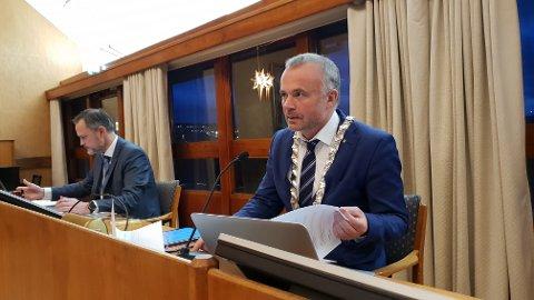 Ordfører Kjell Neergaard ser klar forbedring i barnevernstjenesten.