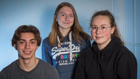Atlanten ungdomsskole stiller med: Gabriel Santos Mokkelbost (fra venstre), Maren Lorentzen Aunli og Alida Bach.