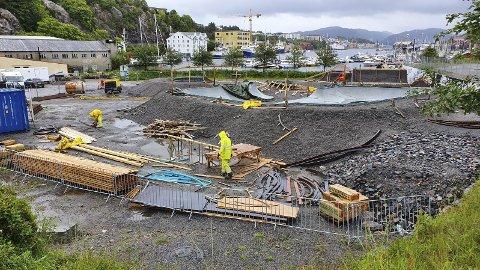 Vågen: Det pågår nå arbeid med å bygge en ny skatepark i Vågen i Kristiansund.