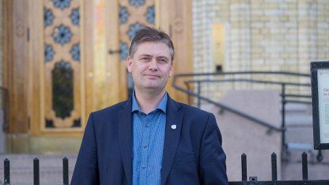 - Høyre og Venstre har blitt bremseklosser i næringsutvikling, sier Jan Steinar Engeli Johansen, Frp.