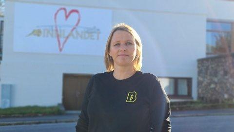 – Skolen er hjertet i bydelen vår. Den betyr alt for samhold og trivsel for nærmiljøet, sier Aina Waage.