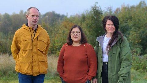 Rune Bjerkestrand (fra venstre), Marianne Kleivmyr og Hilde Warvik aksepterer ikke noen nedskjæringer og sammenslåing av barnetrinn uten noen som helst konkret plan for et nytt skolebygg som skal erstatte dagens Bjerkelund og Rensvik skole.