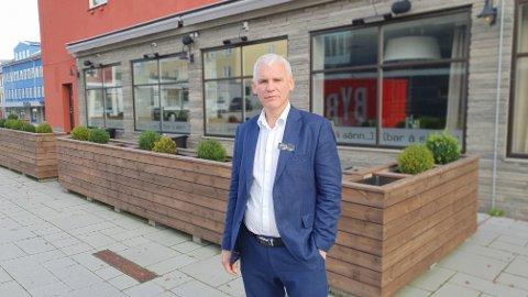 John Olav Ferstad har stor forståelse for at kommuneledelsen har økt beredskapen og innført flere smitteverntiltak.