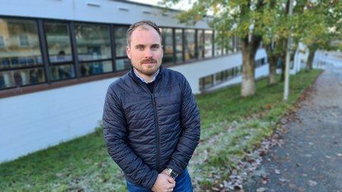 Kristiansund trenger et alternativ til den offentlige skolen, mener Idar Slatlem.