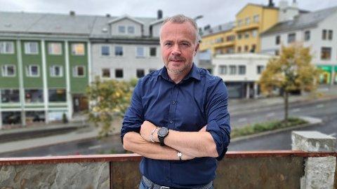 –  Nå vet vi at politiet blir værende i Kristiansund, sier ordfører Kjell Neergaard.