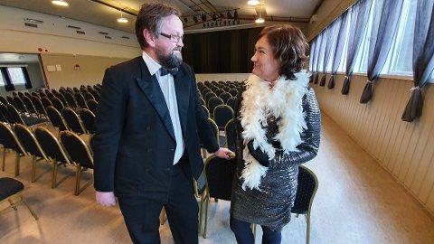 Her skal Bond-sjef Odd Sigbjørn Tvestad og Bond-pike Ingrid Rangønes skape Norges triveligste premierekveld.