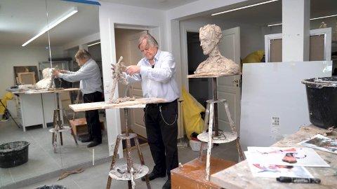 Tore Bjørn Skjølsvik er i disse dager i gang med å lage utkastet til det som skal bli en statue av Petter Northug.