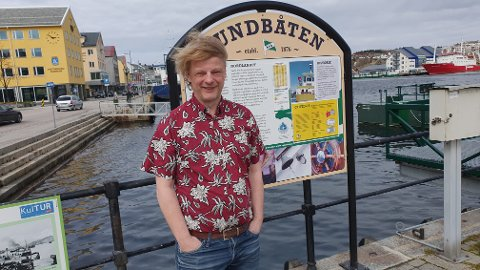 Den som venter på noe godt venter ikke forgjeves, påpeker styreleder Arne Grødahl. Mandag er sundbåten tilbake i rutetrafikk etter nedstengningen.