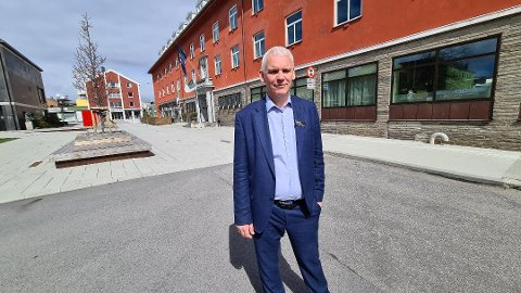 – Jeg er rimelig sikker på at hele byen, butikker og restauranter merker at det er mange nordmenn på besøk, sier  John Olav Ferstad, direktør på Quality Hotel Grand Kristiansund.