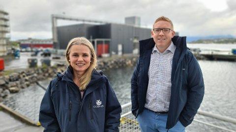 Bente Jeanette Foss og Ståle Søfting gleder seg over at satsingen på en egen forskingsavdeling som fronter integrering av kunnskap og kompetanseutvikling i hele organisasjonen har hatt god effekt hos GC Rieber Oils.